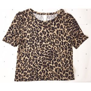 H&M leopard knit puff sleeve top